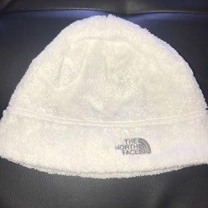 White grey hat beanie north face fleece